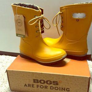 NWT in box BOGS Waterproof boots!